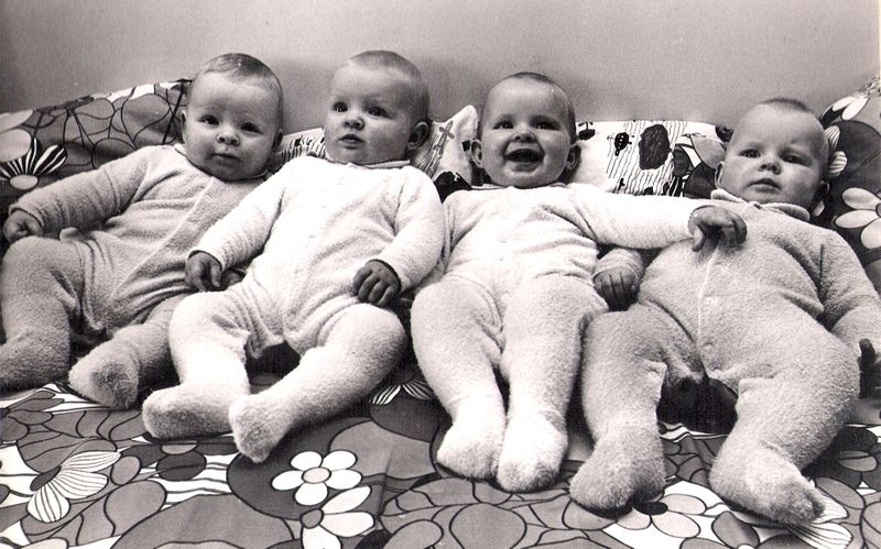 4 babes